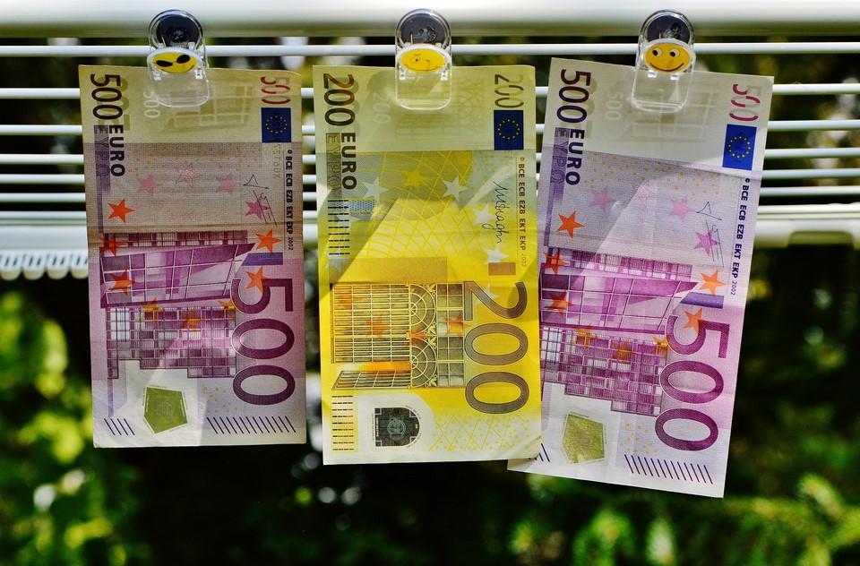 los paradigmas sobre el dinero
